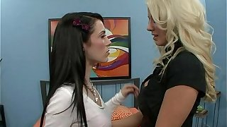 Young Teen Fucked Boss Milf Lesbian