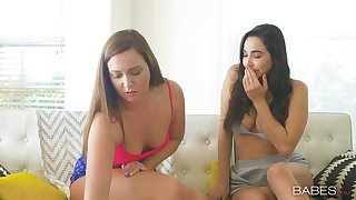 Pussy licking and categorization with Karlee Grey and Maddy Oreilly